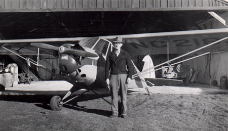 Otis Vanderford (6003) with his plane.